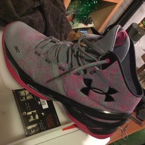 Under Armour Shoes - Curry 2 size 12 'Mother's Day'